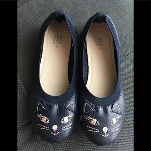 Girls Flats shoes Size 2 by GAP